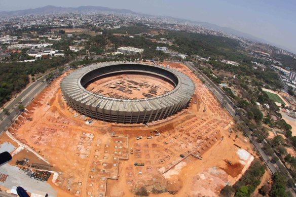 Foto aérea das obras no Mineirão para a Copa 2014